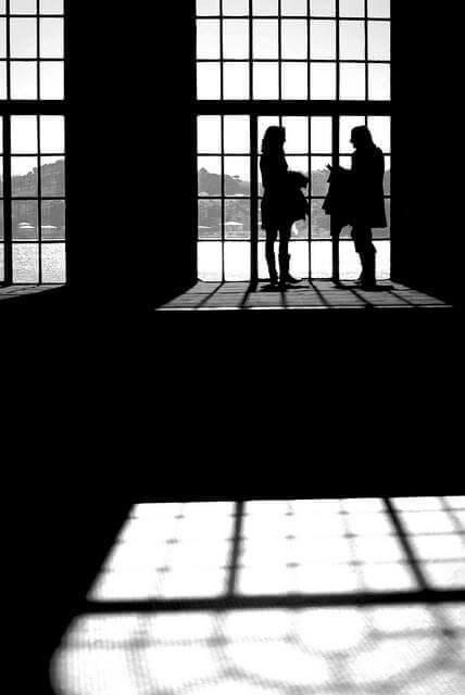 Talking silhouettes by João Lavinha