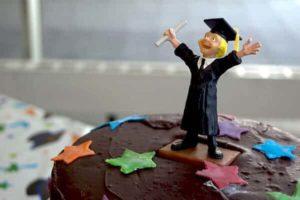 graduation chocolate cake