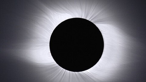 Viewing Total Solar Eclipses